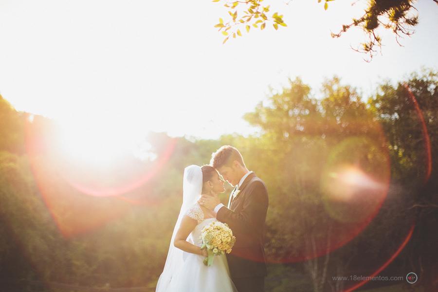 Cerimônia embaixo da árvore – Alessandra & Francisco