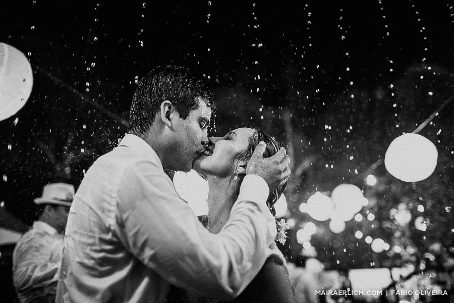 O casamento que choveu amor – Rebecca & Ronaldo