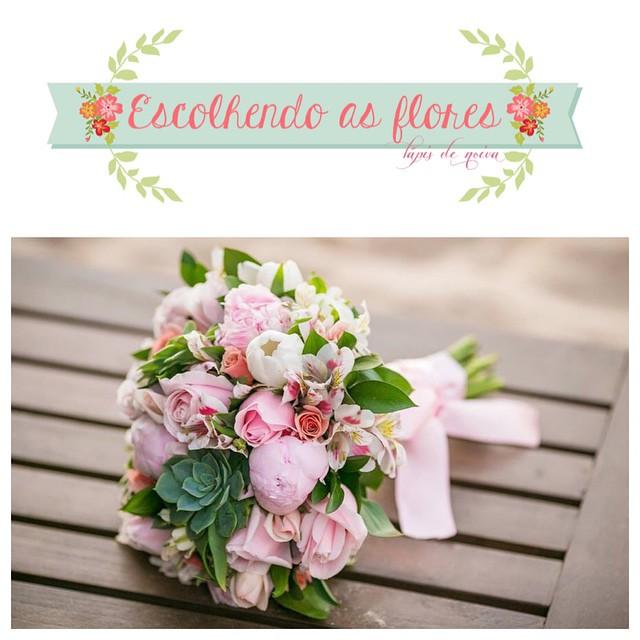 O post de hoje está incrível com dicas valiosas da @casadedois sobre como escolher as flores do casamento. Tipos de flores separadas por estilo de casamento, estação do ano e horário :) ??? Tá lindo e florido! ♥️#amolapisdenoiva #flores #floresdocasamento #casadedoisassessoria #fornecedorlapisdenoiva #flowerlover {foto: Fer Cesar | bouquet: @jufrancozo}