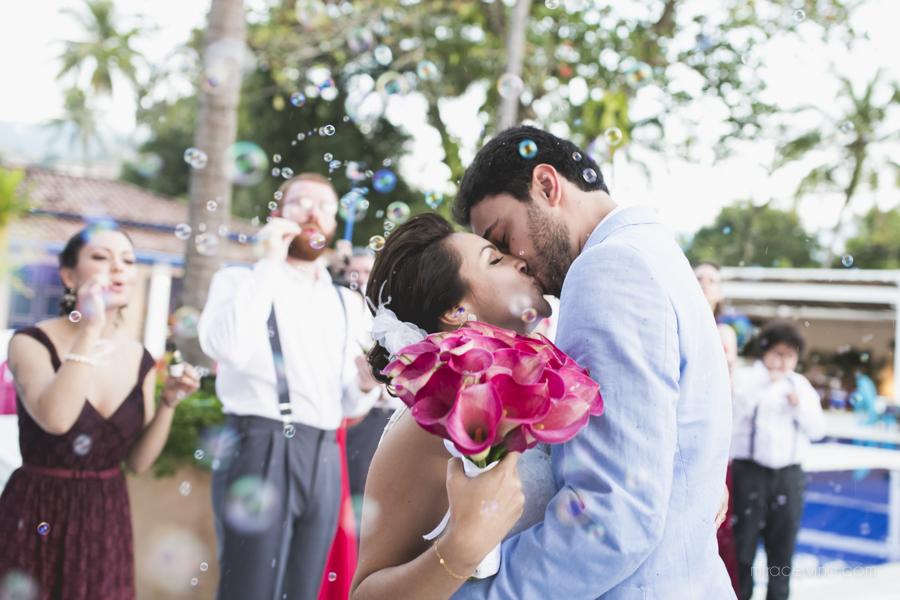Casamento na Praia – Paula & Moreno