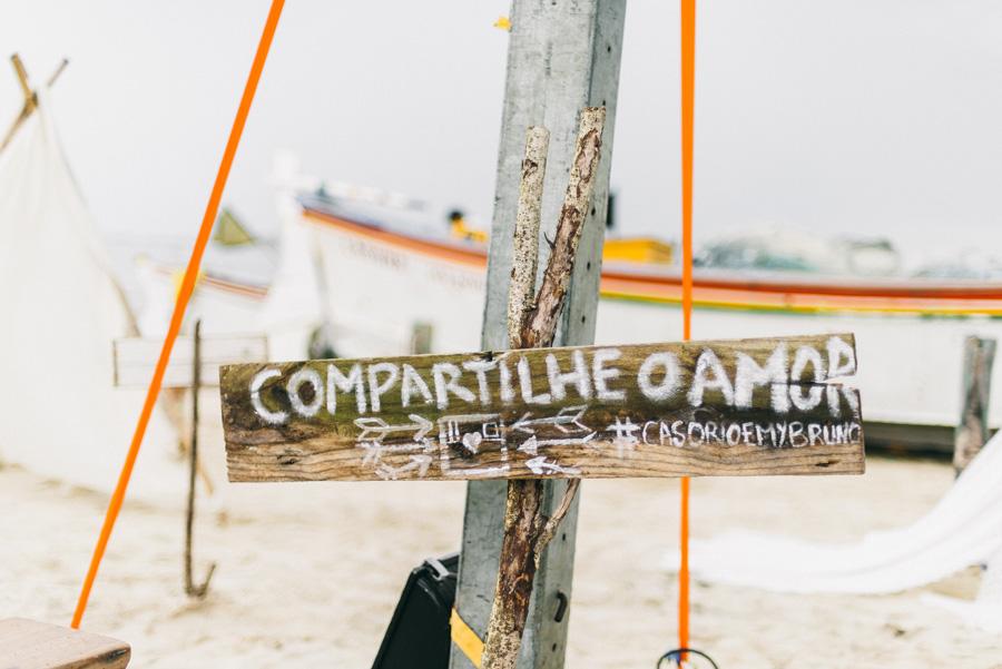 Casamento rústico na praia – Emilly & Bruno