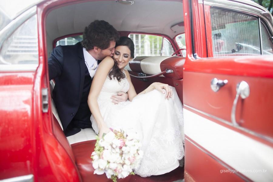 Casamento na Capela da PUC – Fernanda & Renato