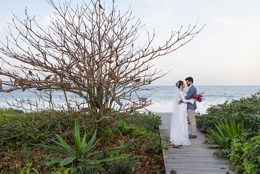 Casamento na Praia do Estaleiro – Sara & Ricardo
