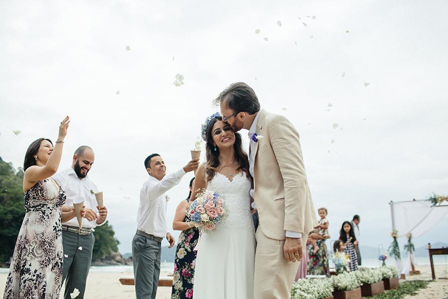 casamento praia Juliana e Fernando (45)