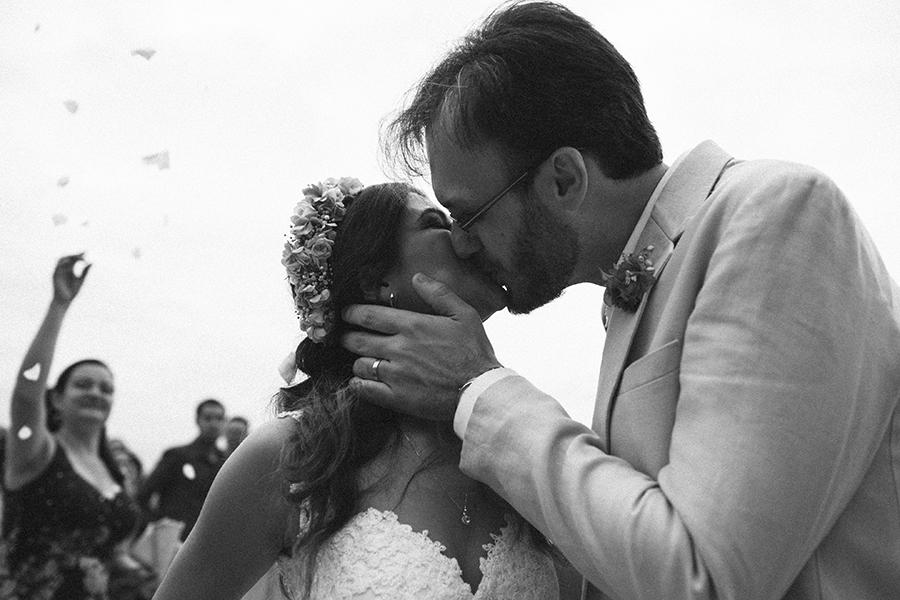 casamento praia Juliana e Fernando (47)