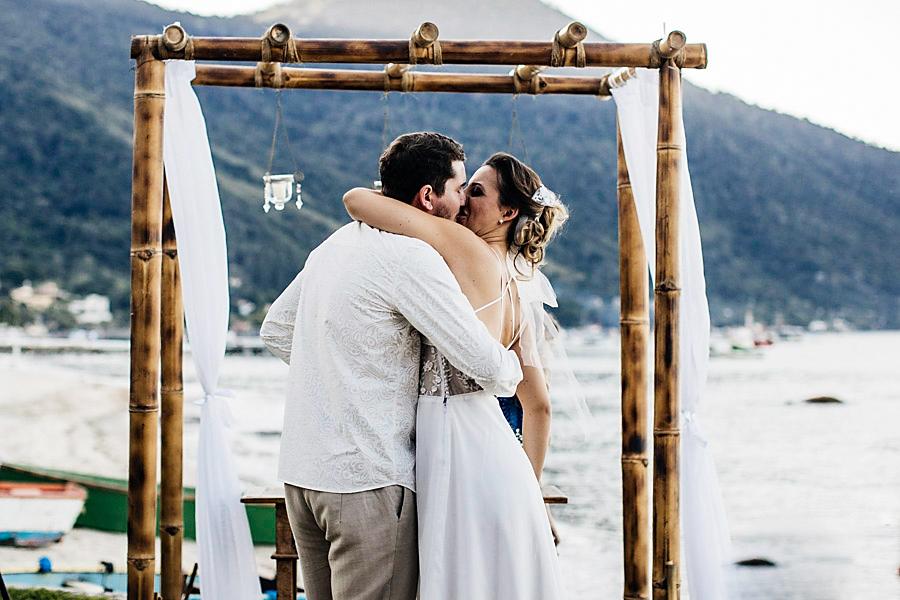 casamento praia mayara renan (21)