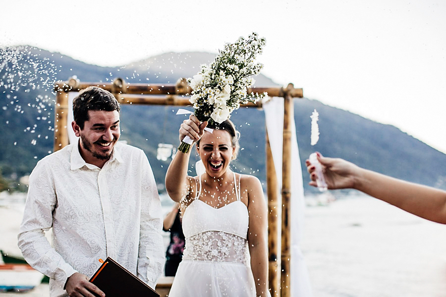 casamento praia mayara renan (22)