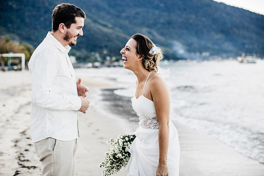 casamento praia mayara renan (25)
