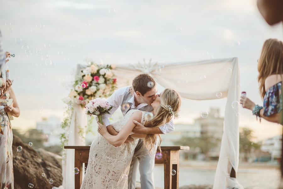 Casamento Civil e intimista na praia – Aline & Seyphert