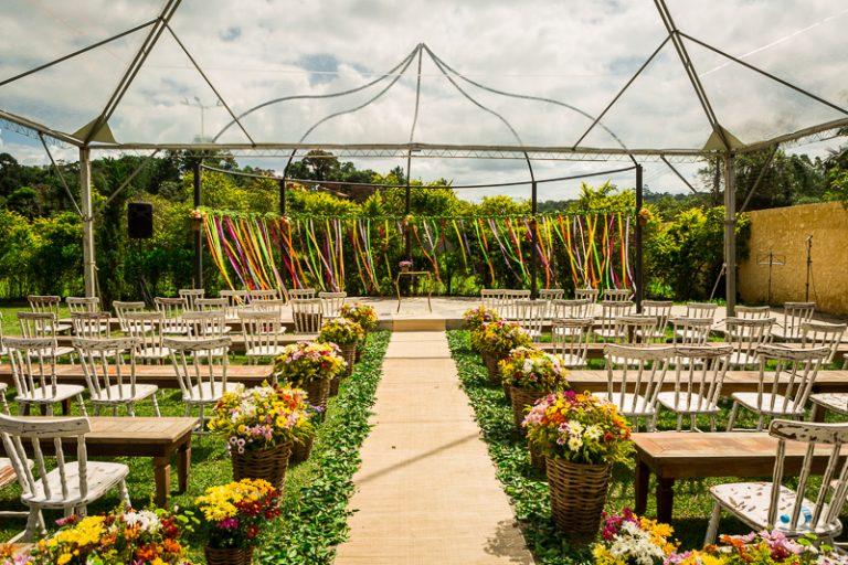 Casamento colorido no campo – Renata & Fabio