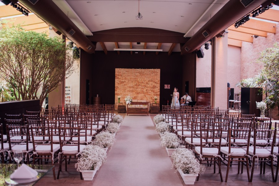 Casamento lindo em ambiente fechado – Nicole & Rafael