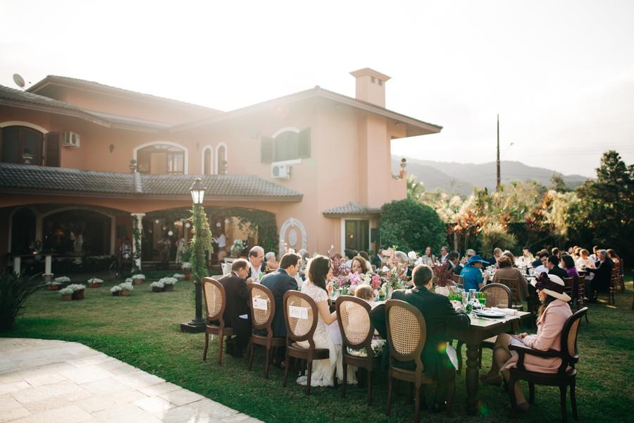 Casamento no jardim de casa – Carol & Gustavo