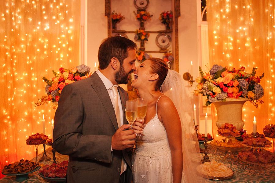 Casamento divertido e alto astral – Julia & Daniel (Ruiva & Marreco)