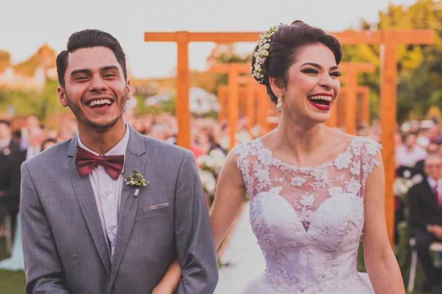 Um dia repleto de sorrisos – Casamento Rebecca & Vitor