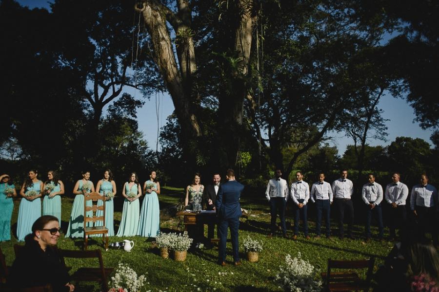 casamento-rustico-campo-lapis-de-noiva-25