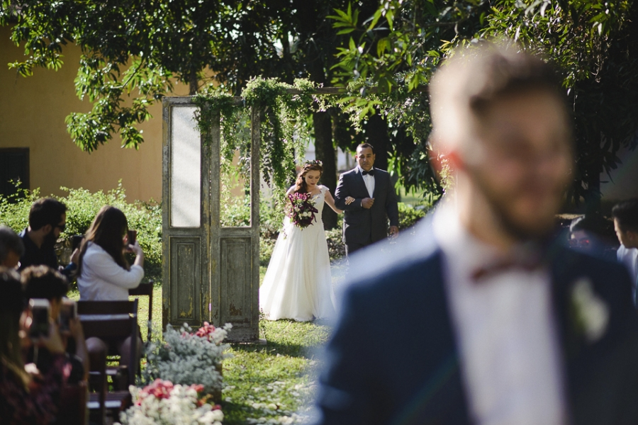 casamento-rustico-campo-lapis-de-noiva-26