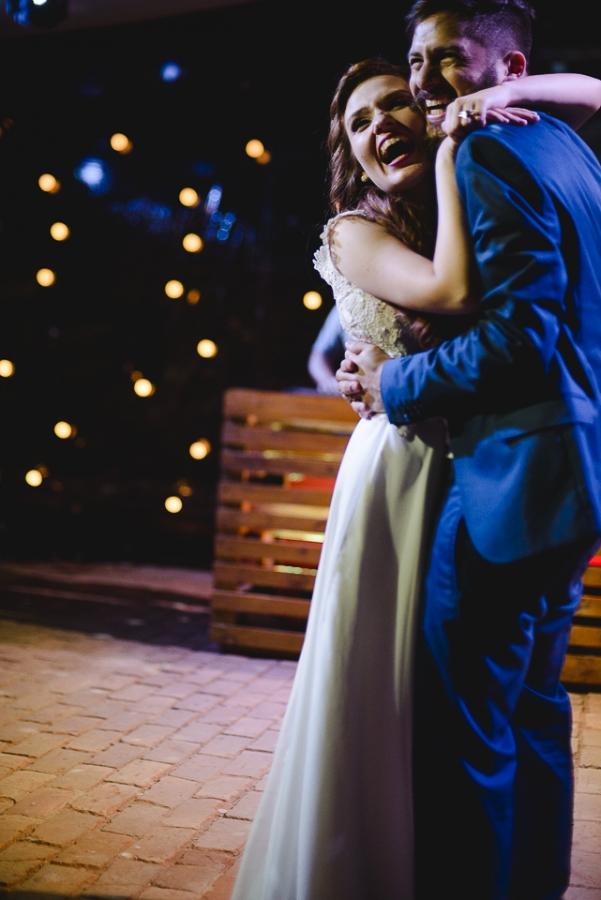 casamento-rustico-campo-lapis-de-noiva-44