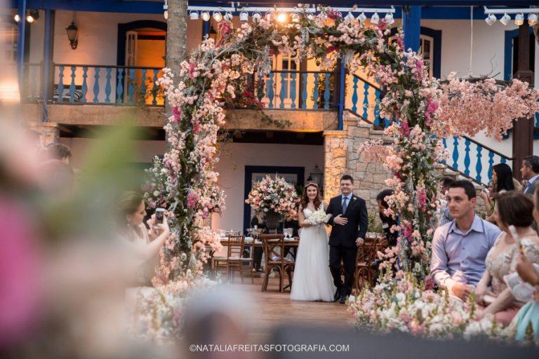 Casamento florido em Ilhabela – Juliana & Neto