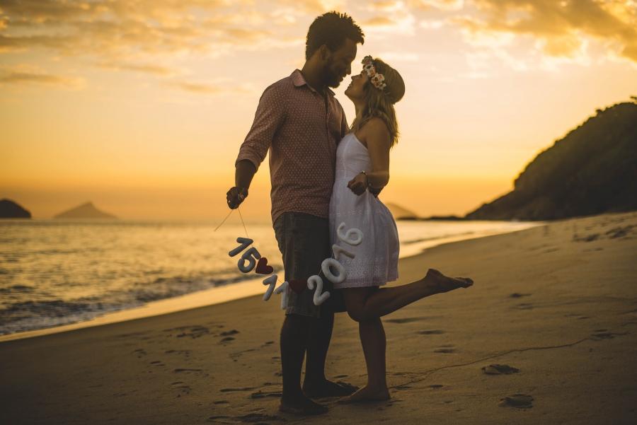 pre-casamento-por-do-sol-praia-10