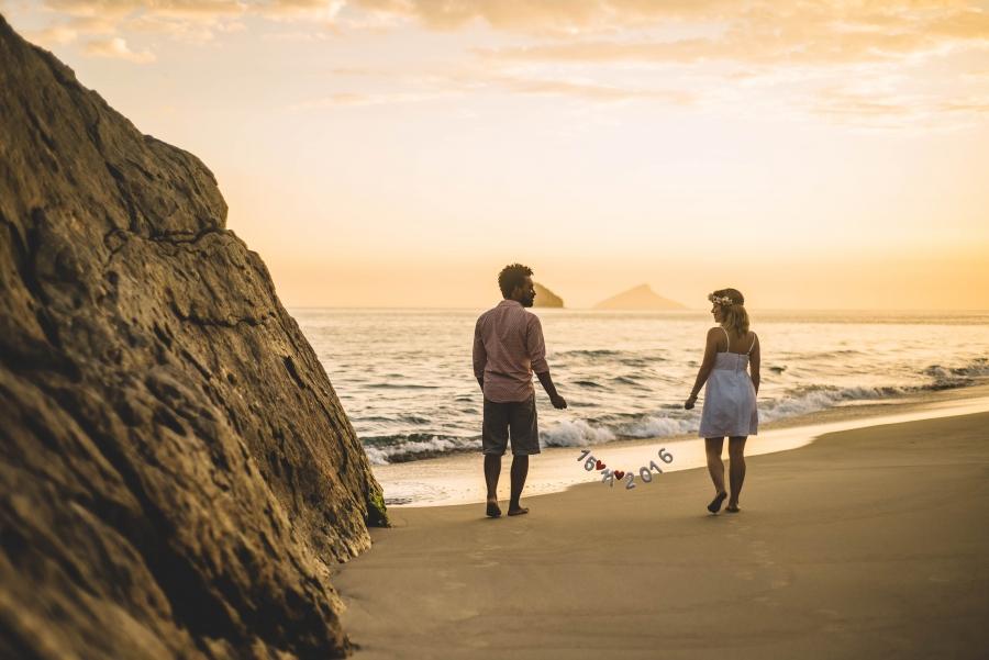 pre-casamento-por-do-sol-praia-9