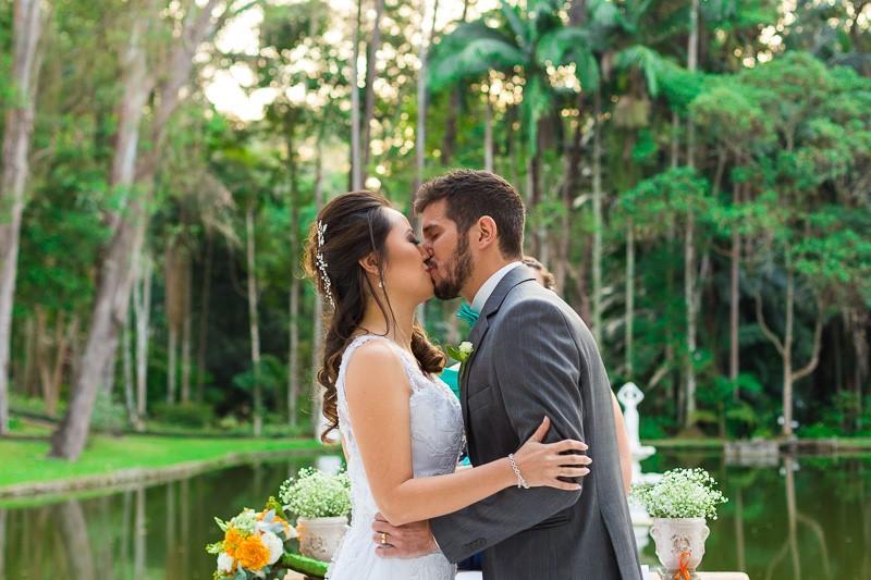 Casamento Laranja + Branco + Verde – Erika & Pedro