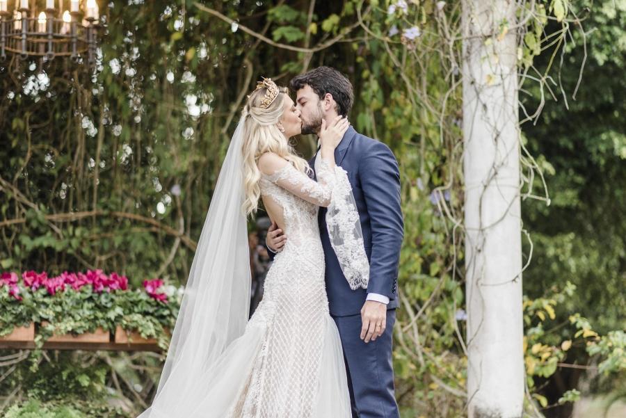 casamento-classico-ao-ar-livre-16