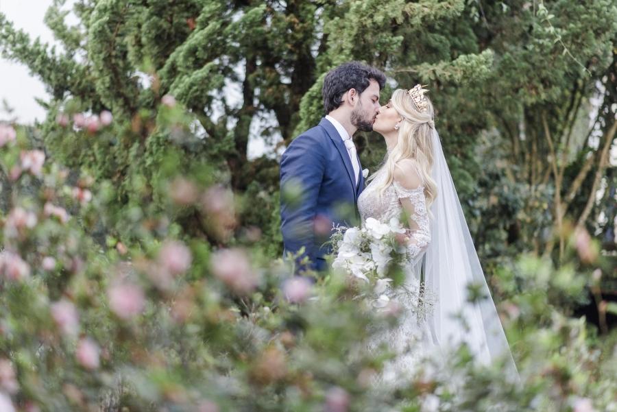 casamento-classico-ao-ar-livre-17