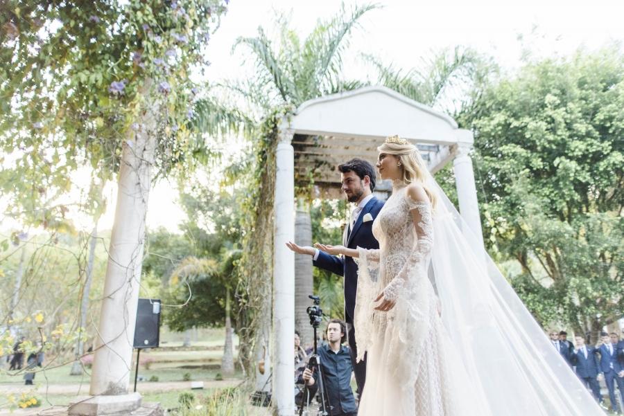 casamento-classico-ao-ar-livre-29