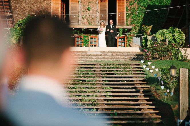 casamento-romantico-ao-ar-livre-31