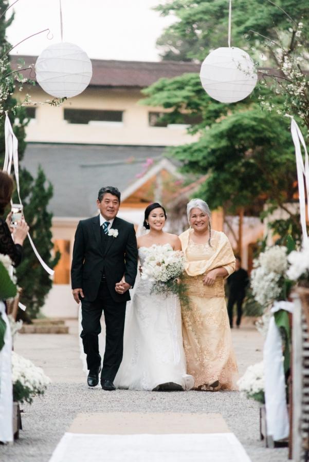 casamento-romantico-oriental-ao-ar-livre-30