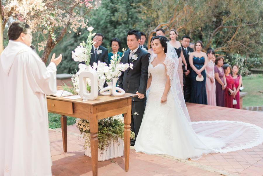 casamento-romantico-oriental-ao-ar-livre-32