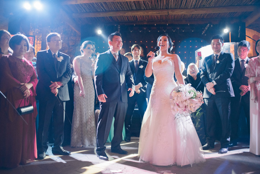 casamento-romantico-oriental-ao-ar-livre-44