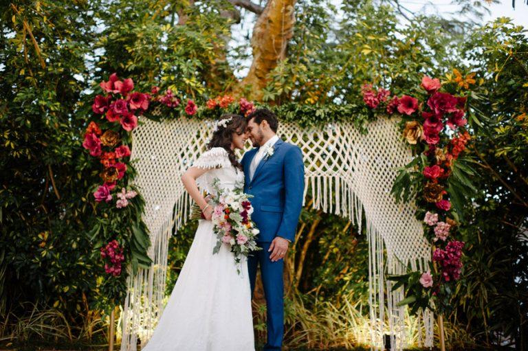 Casamento Boho/Rústico no Jardim – Lívia & Adriano