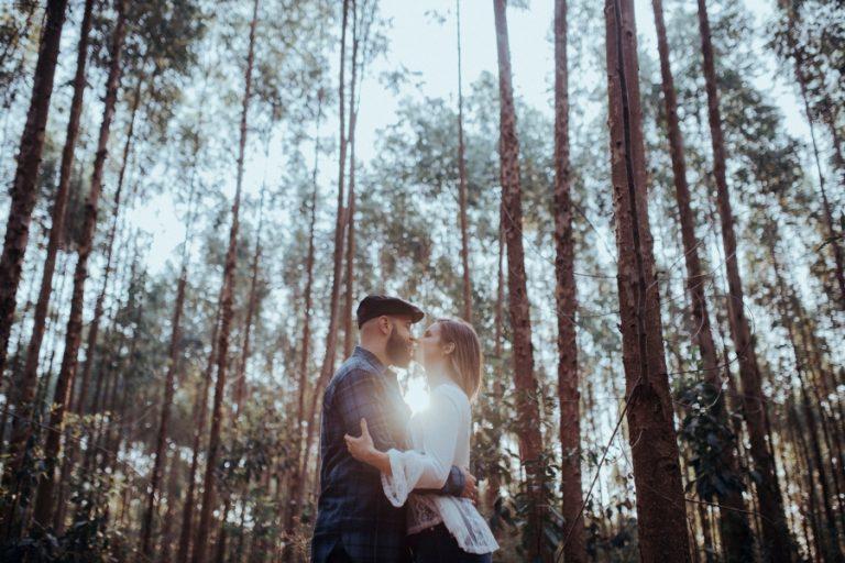 Ensaio pré-casamento na natureza – Carol & Thiago