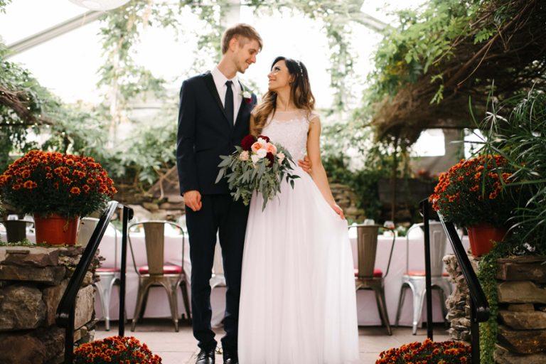 Mini-Wedding Boho + Florido nos EUA – Bruna & Fred
