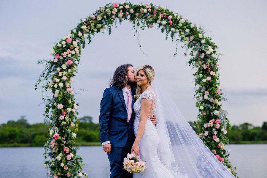 Casamento vintage em frente ao lago – Nataly & Douglas