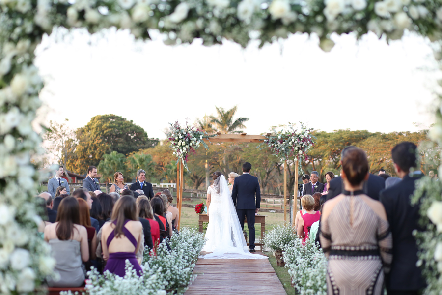 Casamento para 400 pessoas em um haras – Isabella & Rodrigo