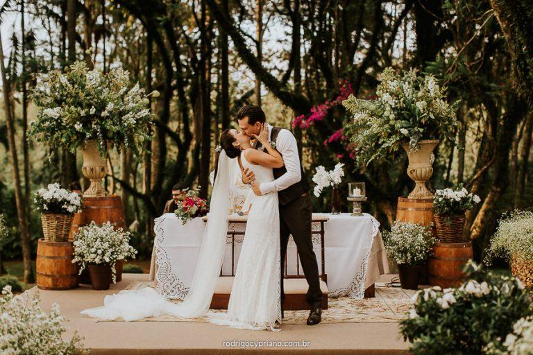 Vídeo de Casamento Sensível e Emocionante – Vivi & Jonas