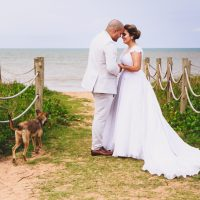 Casamento Rústico na Praia – Bela & André