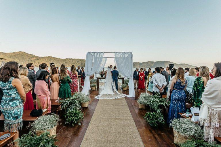 Celebrando o Amor em Praia Exclusiva – Leila & Enrico