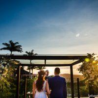 Cores Vibrantes e muito Amor em Búzios – Casamento Juliana & Phelipe