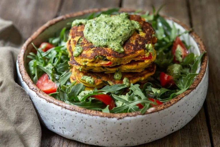 Um delicioso guia completo de Cardápios Vegetarianos e Veganos para Casamento