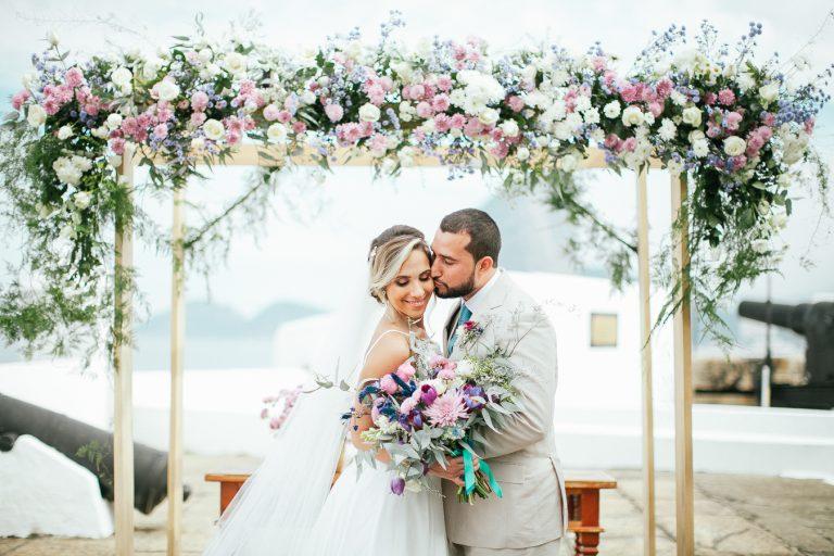 """""""Something Blue"""" – Casamento carioca e florido Mari + Felipe"""
