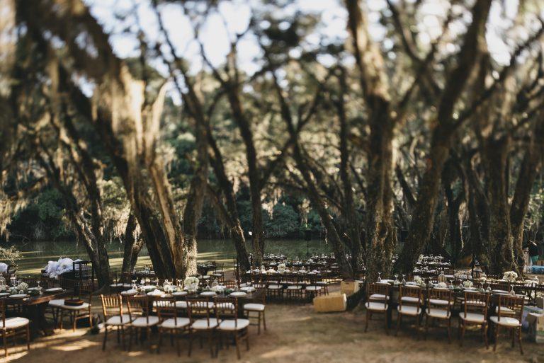 Casamento bucólico e lindo em frente ao lago – Pérola e André