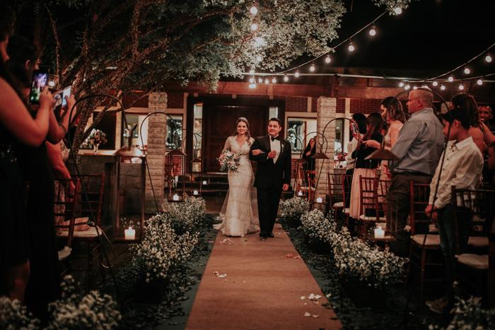 casamento-rustico-chique-de-noite (15)