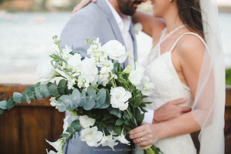 School Sweethearts – Casamento na Praia da Ferradura Maju e Rodrigo
