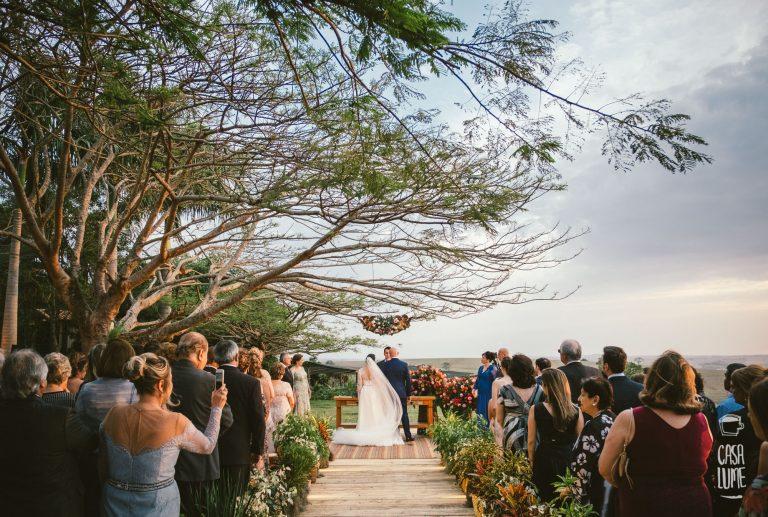 Rústico Moderno na Fazenda da Família – Casamento Mari e Victor