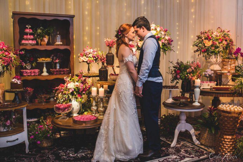 Mini Wedding Boho Aconchegante – Olivia e Pablo
