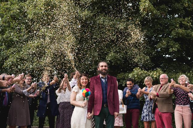 Num Barzinho Hipster na Inglaterra – Casamento Camila e Lucas