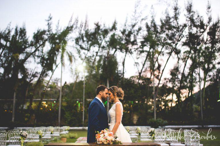 Home Wedding aconchegante em Niterói – Fernanda & Leo